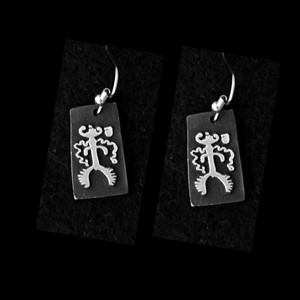 P39 SILENTLY WATCHING PETROGLYPH  SIMPLE EARRINGS
