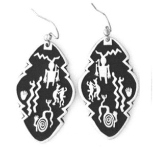 PE-104 TWO PUEBLOS NEW MEXICO PETROGLYPH SIMPLE EARRINGS